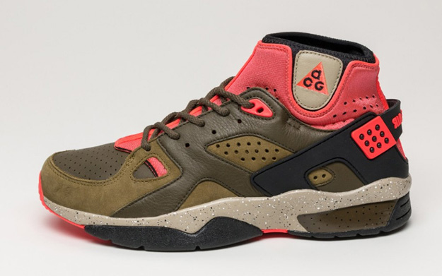 nike_air_mowabb_militia_green